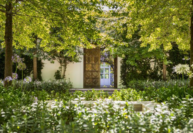 Villa em Cantanhede - The Jade Villa By The Getaway Collection