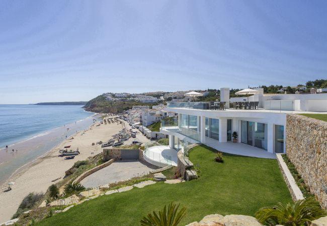 Villa em Budens - Lavendar Seaview Villa by The Getaway Collection